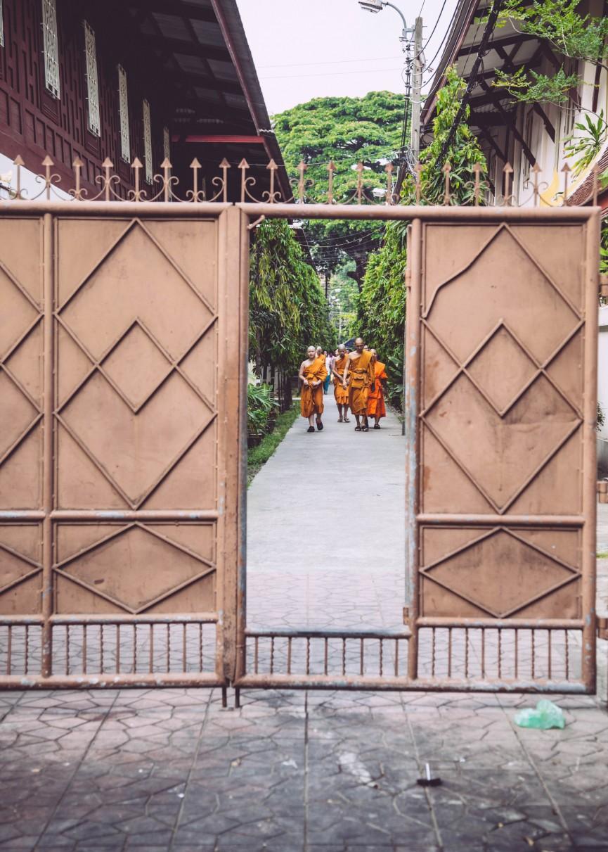 bangkok-mars-15-av-1-865x1211